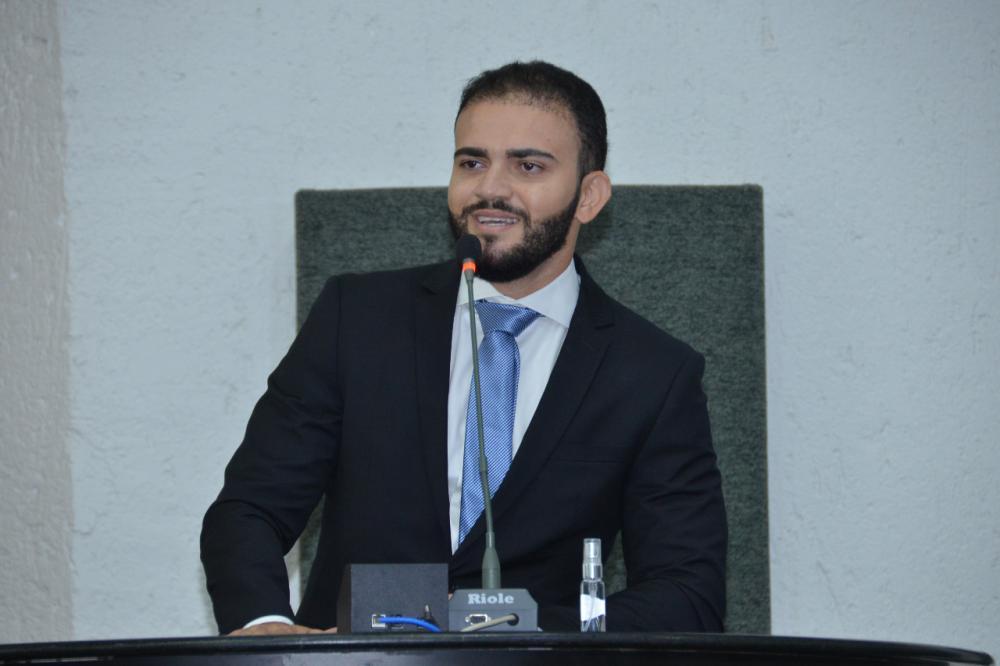 Deputado Léo Barbosa (Foto: Clayton Cristus)