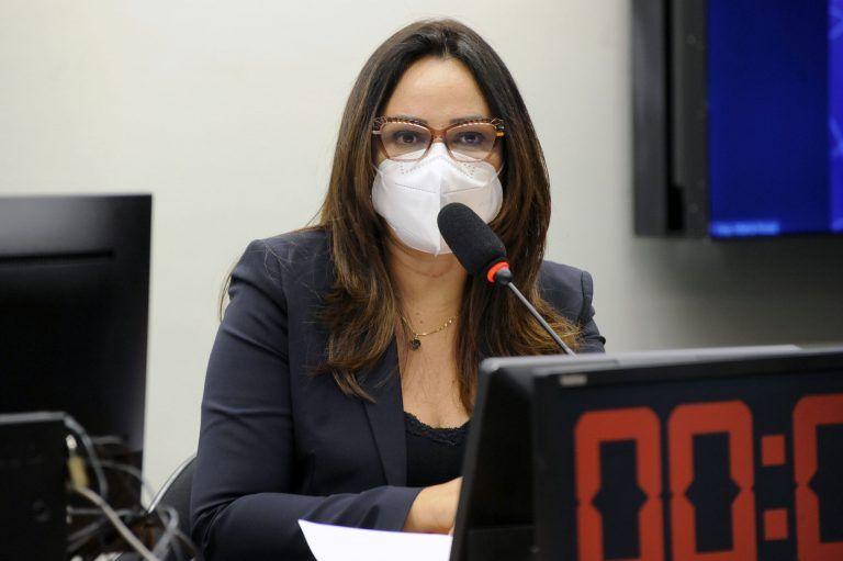 A autora do projeto, deputada Rejane Dias - (Foto: Cleia Viana/Câmara dos Deputados)