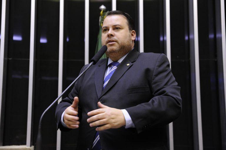 Julio Cesar Ribeiro mudou parecer para não inviabilizar eventos esportivos internacionais no Brasil - (Foto: Acervo Câmara dos Deputados)