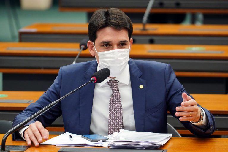 Deputado Silvio Costa Filho, relator da PEC na CCJ - (Foto: Pablo Valadares/Câmara dos Deputados)