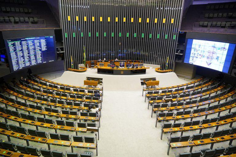 Sessão do Plenário utiliza sistema remoto de votações - (Foto: Pablo Valadares/Câmara dos Deputados)