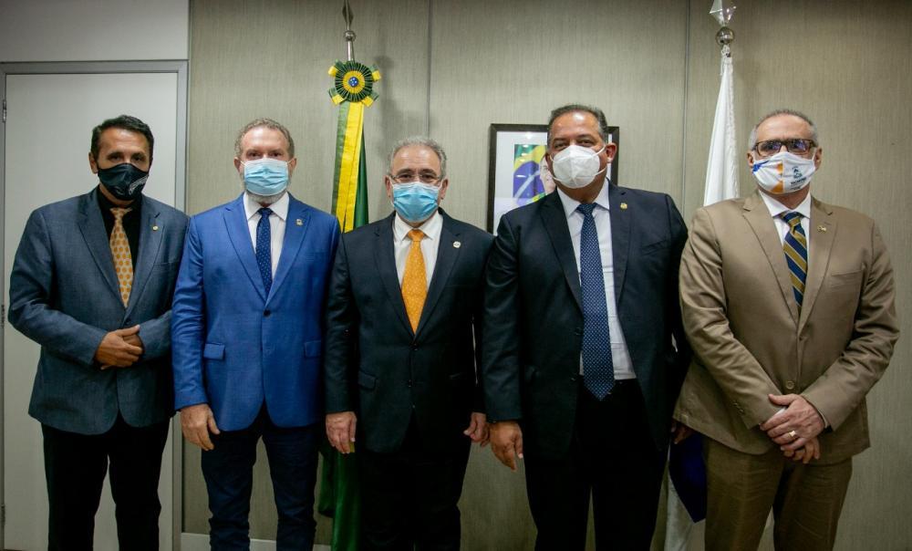 Ministro Marcelo Queiroga afirmou que o Ministério da Saúde vai trabalhar junto com a Gestão Estadual para impulsionar a vacinação (Foto: Secom/TO)