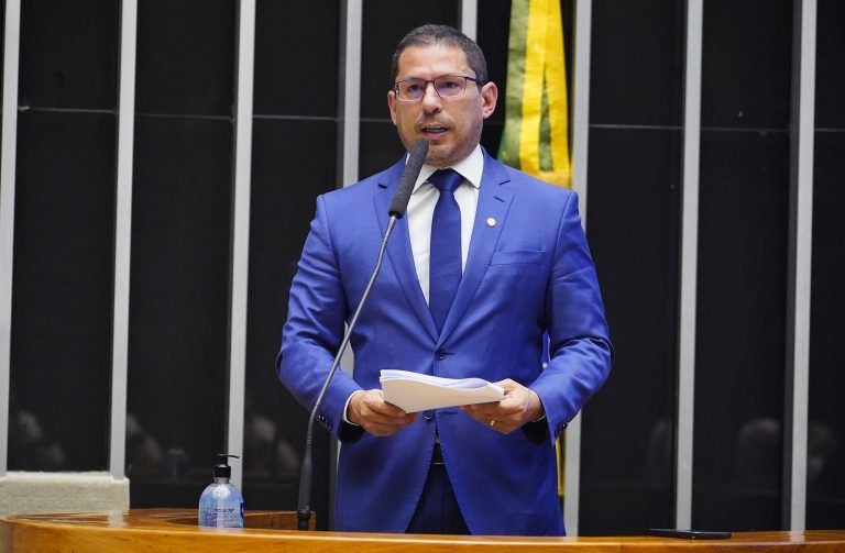 Marcelo Ramos, relator do projeto - (Foto: Pablo Valadares/Câmara dos Deputados)