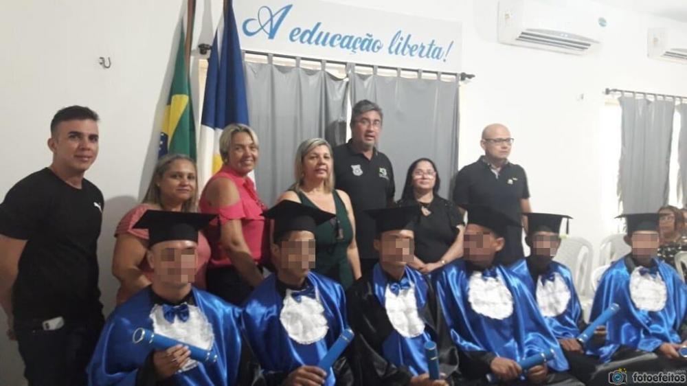 Formatura do Ensino Médio dentro da Cadeia de Tocantinópolis dos aprovados na UFT (Foto: Seciju)