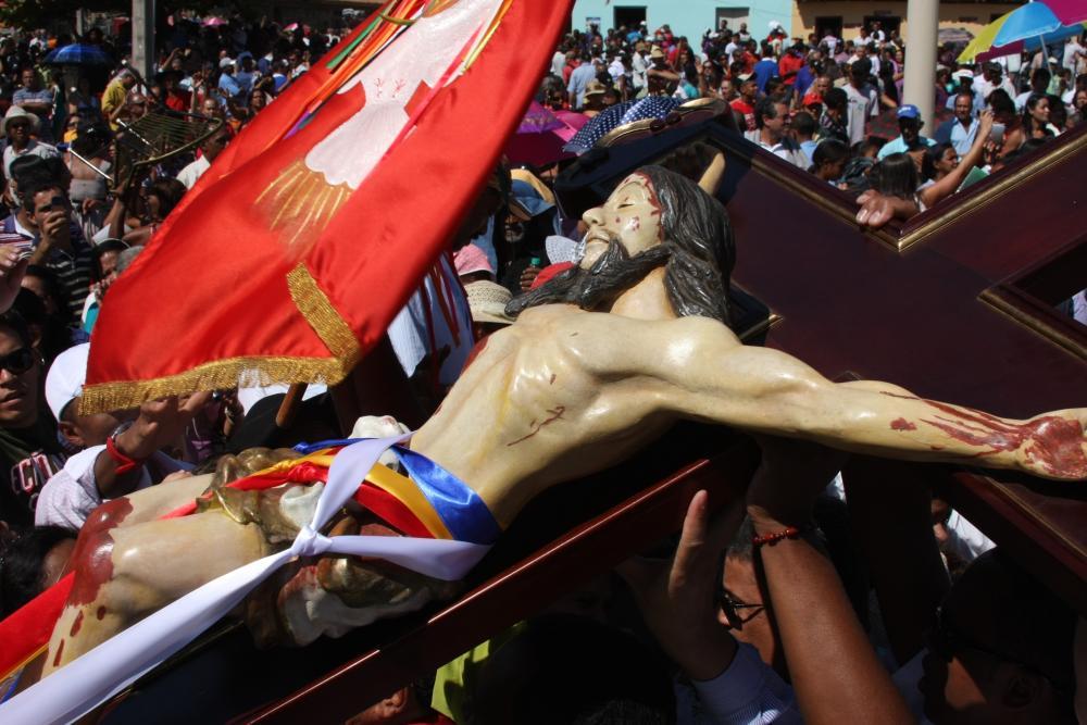 Em suas edições anteriores, a Romaria do Senhor do Bonfim atraiu milhares de devotos (Foto: Emerson Silva)