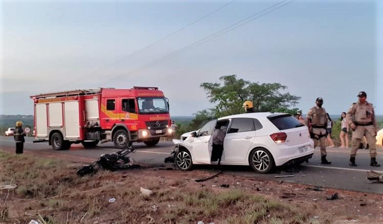 Caminhão carregado com fogões e fornos elétricos tem parte da carga danificada pelas chamas em Paraíso do Tocantins (Foto:CBM/TO)