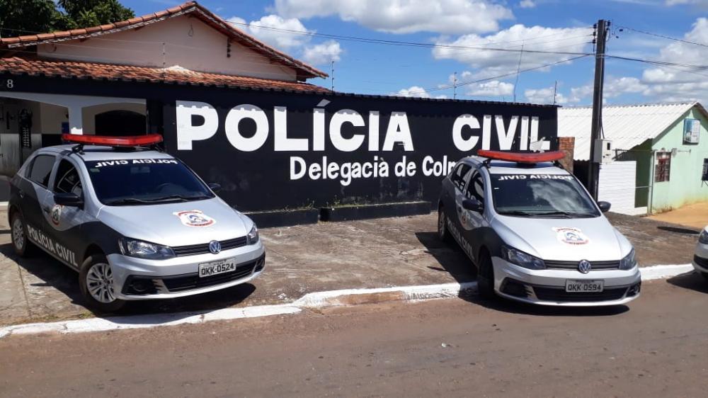 Homem foi preso pela Polícia Civil após ir até a Delegacia registrar queixa (Foto: SSP/TO)