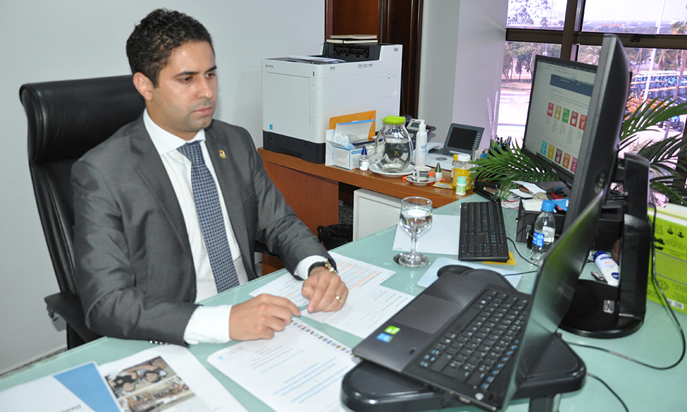 Secretário-chefe da Casa Civil, Rolf Vidal, destacou que este cenário pandêmico trouxe uma série desafios e dificuldades ao Estado (Foto: Esequias Araújo)