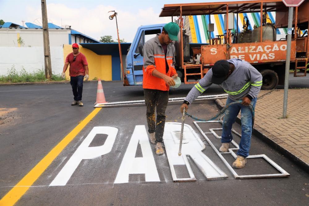 A previsão é que até o final do primeiro semestre de 2021, mais de 60 quilômetros de ruas já estejam sinalizados (Foto: Marcos Sandes)