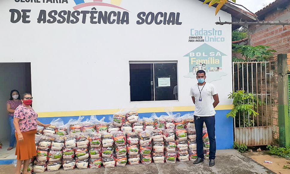 No mês de dezembro, mais de 55 mil famílias já foram atendidas com a entrega de cestas básicas (Foto: Alexandre Alves)