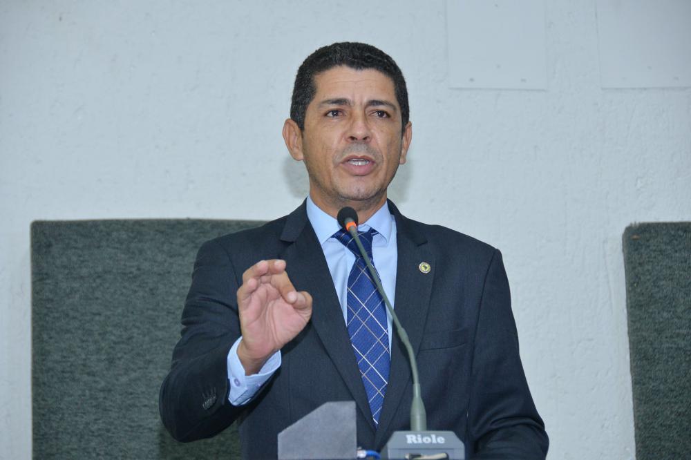 Deputado Valdemar Júnior (Foto: Glauber Barros)